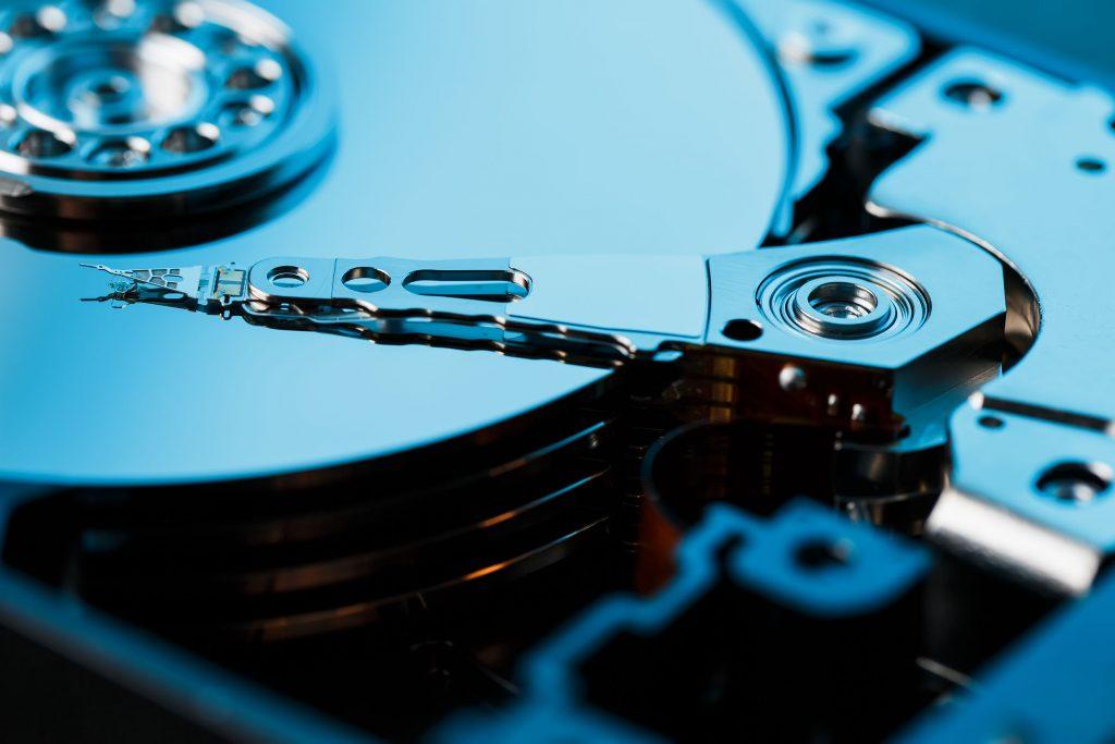 L20 Discos duros 2 1024x683 - INICIO